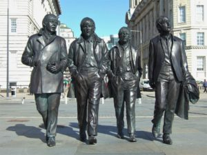 Die Beatles Statue in Liverpool